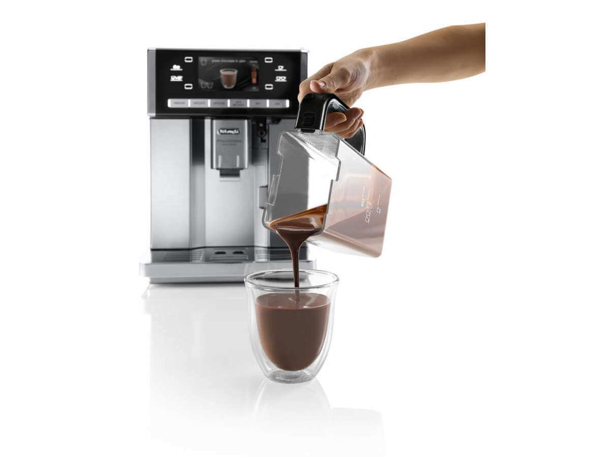esam 6900 detail chocolate carafe