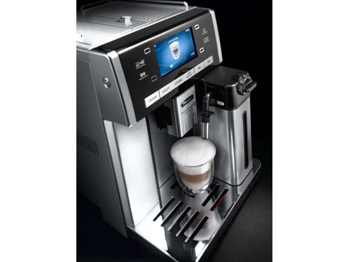 esam 6900m detail display cappuccino milk carafe