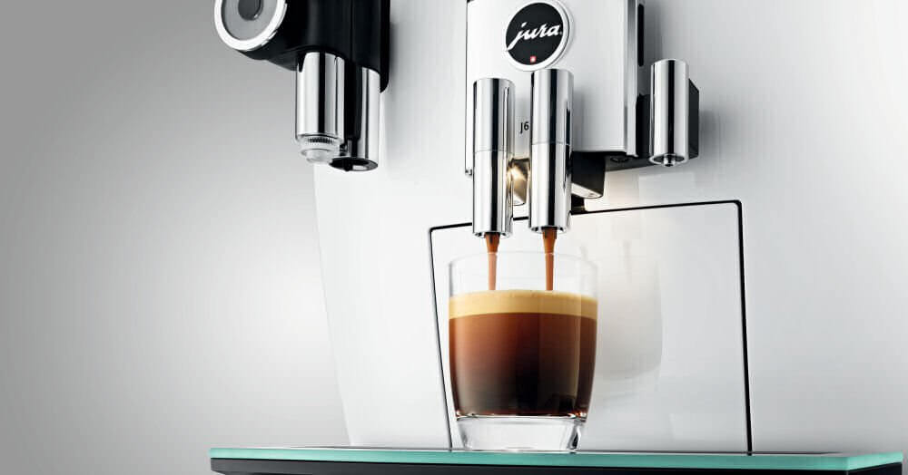 j6 jura pianowhite machine cafe ref15165  1