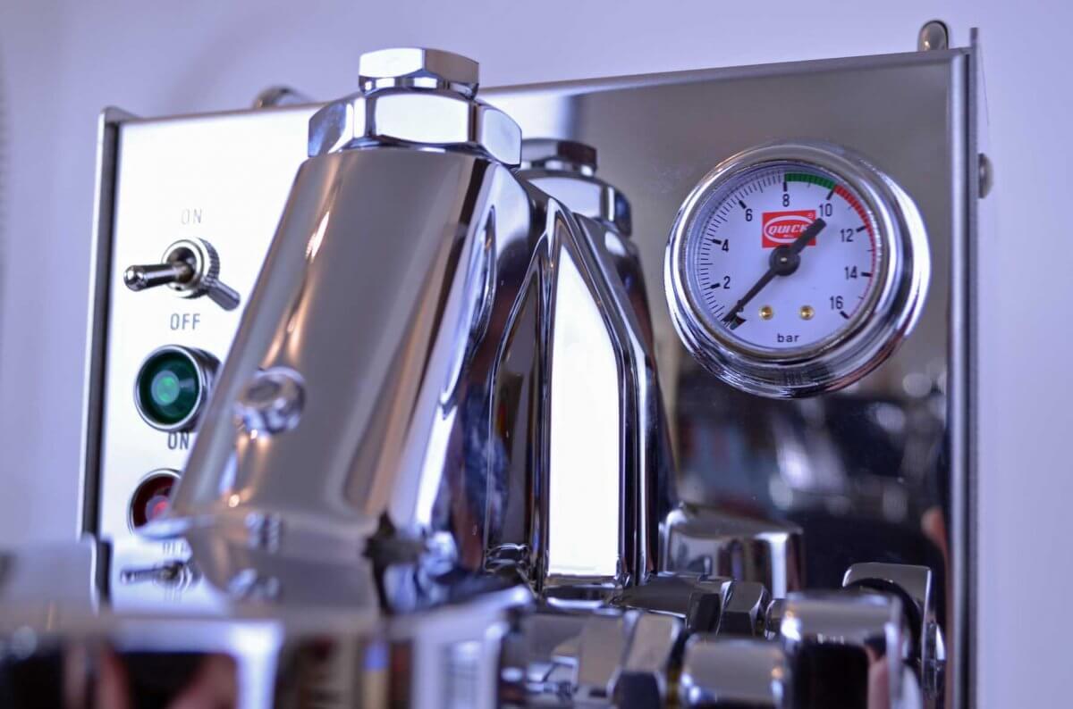 machine a cafe carola quickmill manometre
