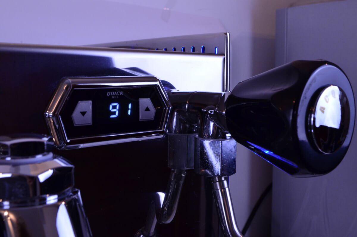 machine cafe vetrano2b evo quickmill  2