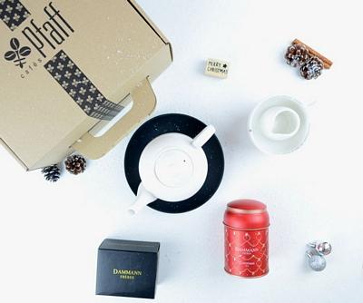 Coffret de thé Noël: Théière et accessoires